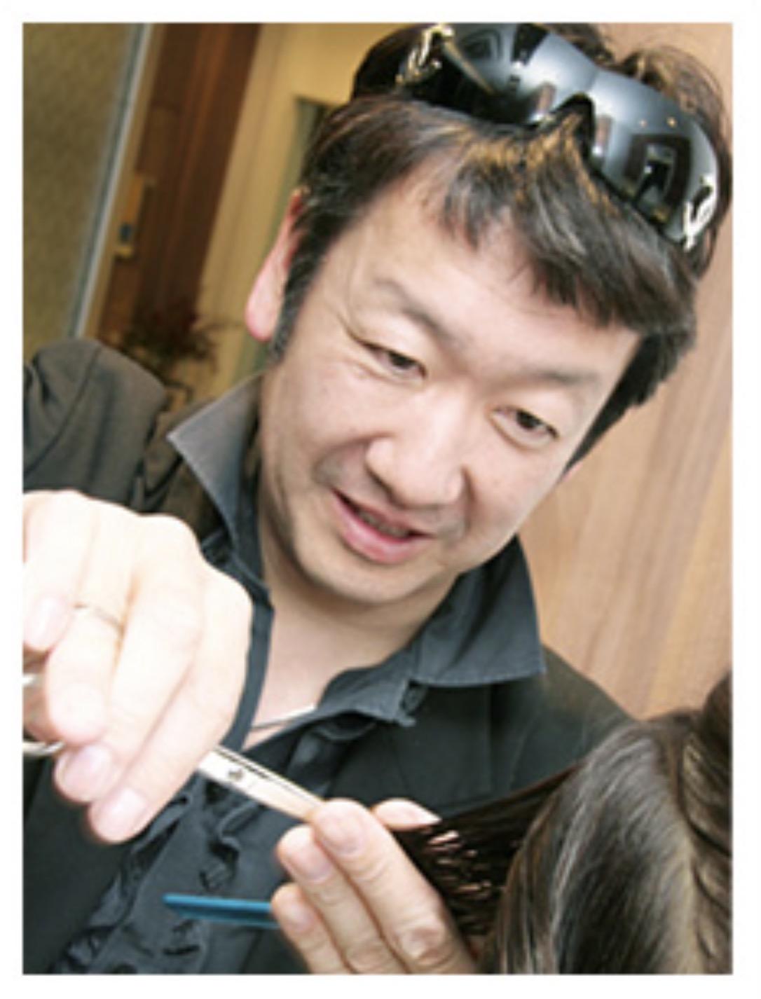 所沢美容室FACEDECOのオーナー関口雄二